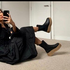 Platform boots Chelsea H&M black bloggers